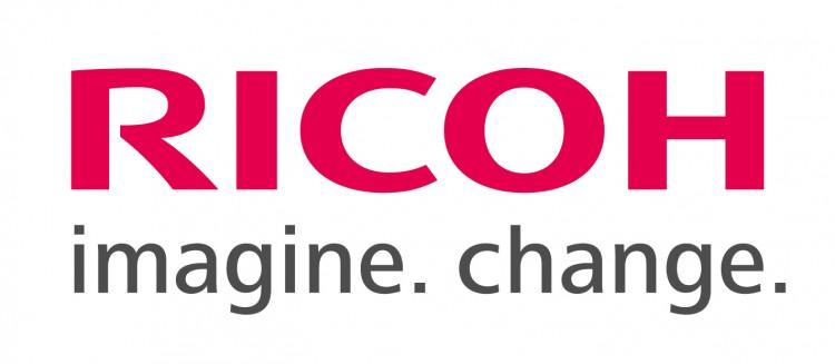 Номинации камер Pentax и Ricoh в интернет-изданиях за 2013 году