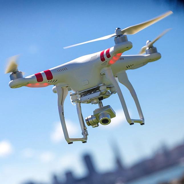 Фотографам опять разрешили использовать дроны