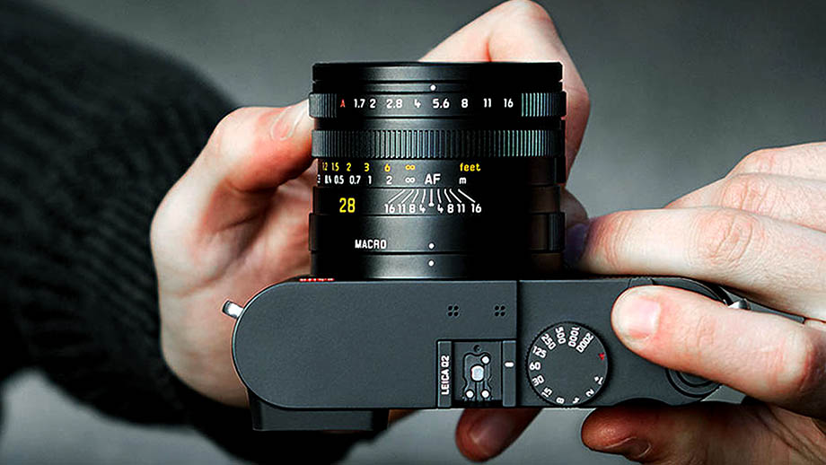 Обновление прошивки камер Leica Q2