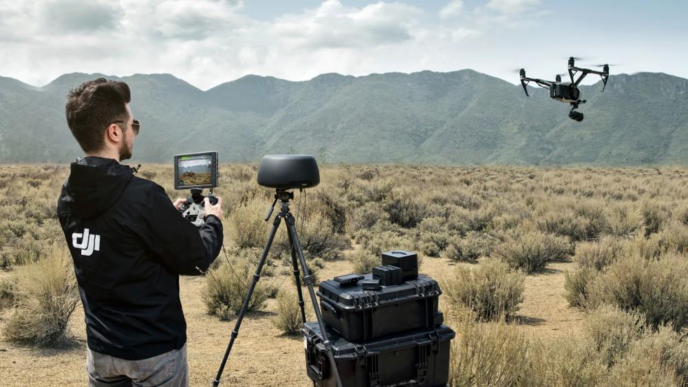 DJI представила серию оборудования для управления дронами
