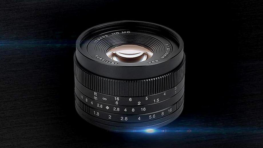 Новый объектив 50mm f/1.8 для беззеркальных APS-C-камер от 7artisans