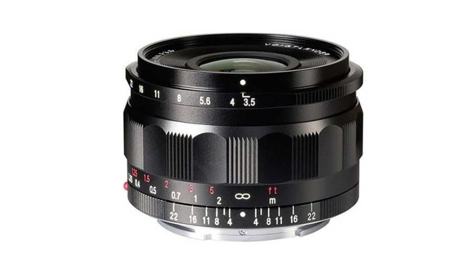 Cosina предоставила Voigtlander 21mm F3.5 для Sony E