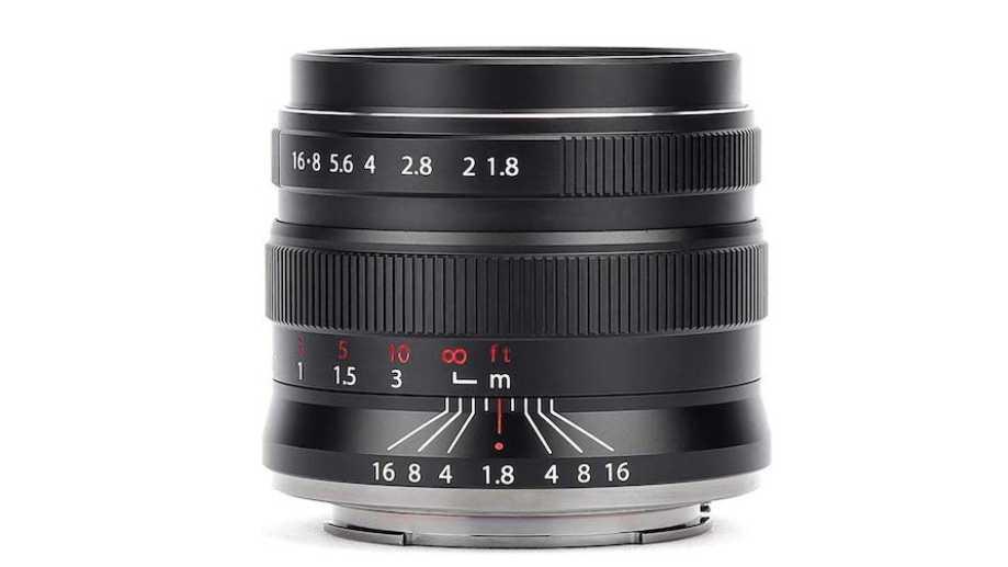 Китайский объектив Brightin Star 55mm f/1.8 для полнокадровых беззеркальных камер за $99