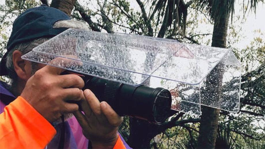 Американцы придумали навес для камеры за $80