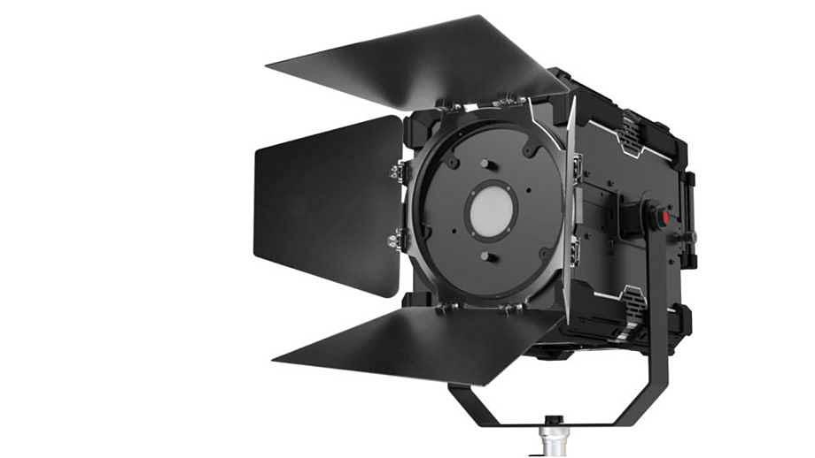 Fiilex  MAG 4K – мощный свет 2800–6500 K