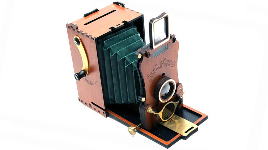 Jollylook Auto – украинская Instax-камера в винтажном корпусе