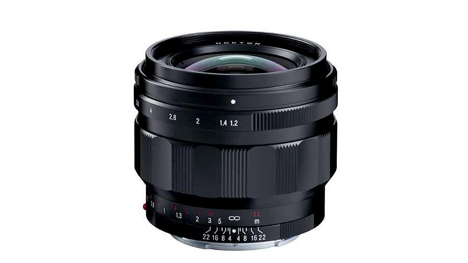 Cosina представила Voigtländer Nokton 50mm f/1.2 под Sony E и переходники под Nikon Z и Canon RF