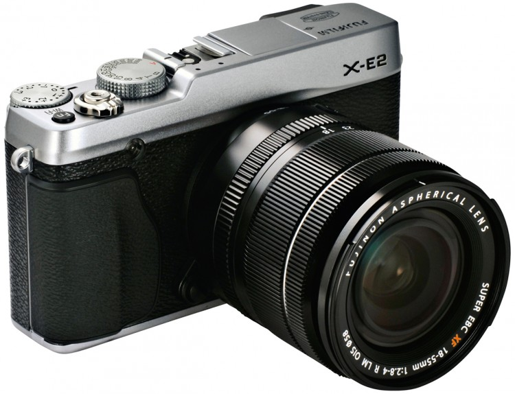 Анонсирована Fujifilm X-E2