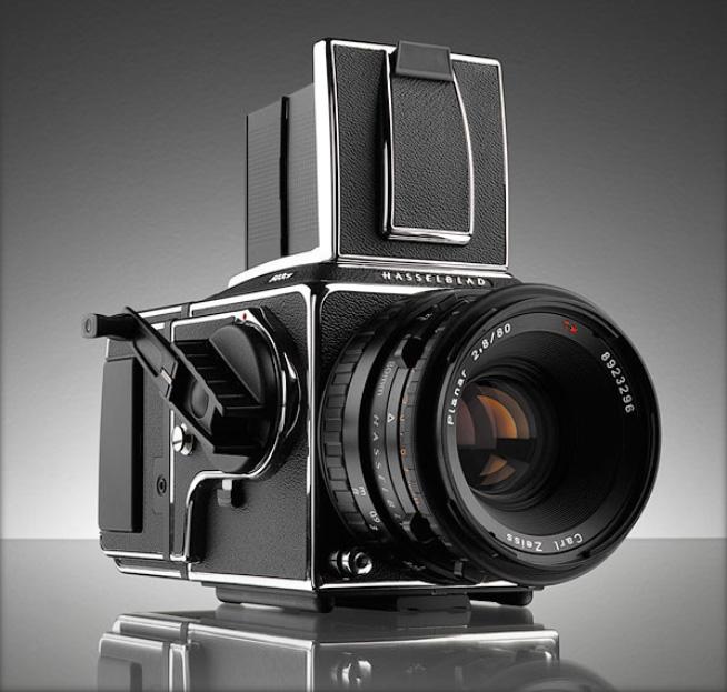Hasselblad прекращает производство камер системы V
