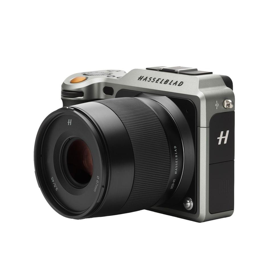 Hasselblad анонсировал первую в мире беззеркальную среднеформатную камеру X1D