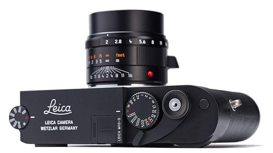 Появились первые изображения Leica M10-D