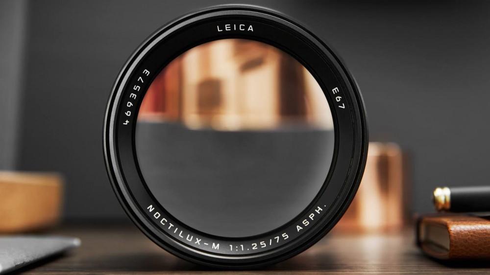 Leica Noctilux-M 75/1.25 ASPH стоит почти 12 000 Евро