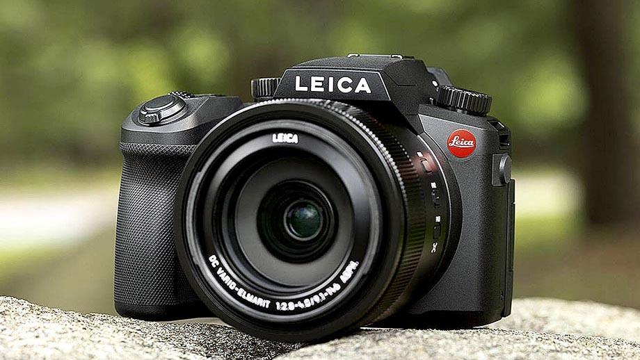 Leica анонсировала бридж-камеру Leica V-Lux 5 за $1250
