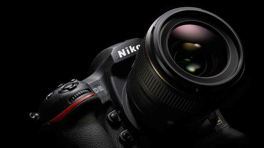 Nikon заявил о разработке Nikon D6 и объектива AF-S Nikkor 120-300mm f/2.8 FL ED VR