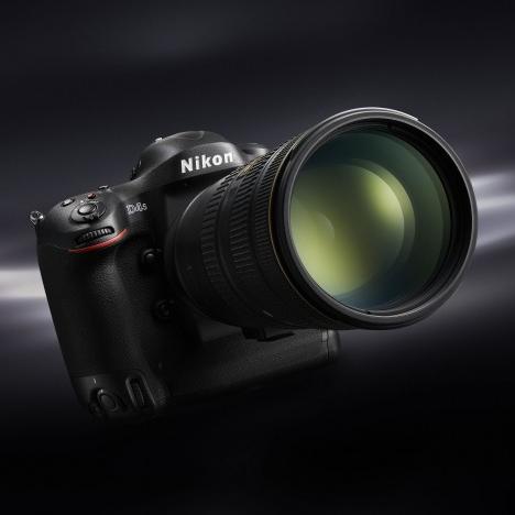 Nikon анонсировал Nikon D4s