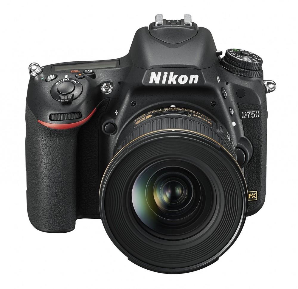 В Nikon D750 обнаружены странные блики
