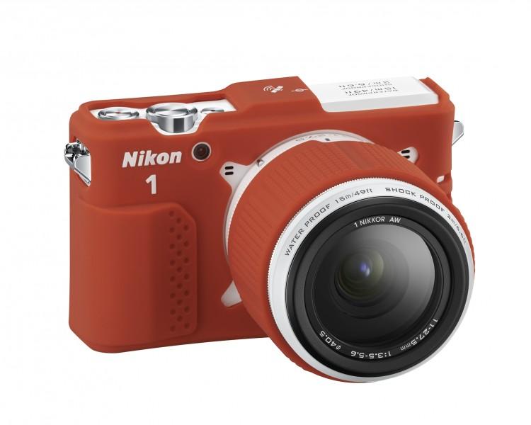 Nikon-1 AW1 ушел под воду