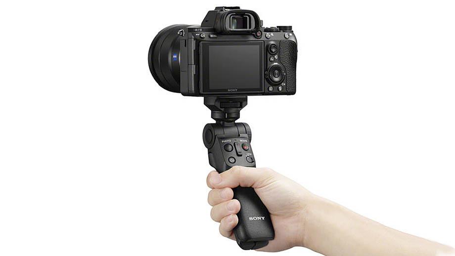 Sony GP-VPT2BT – многофункциональная селфи-палка для влогеров