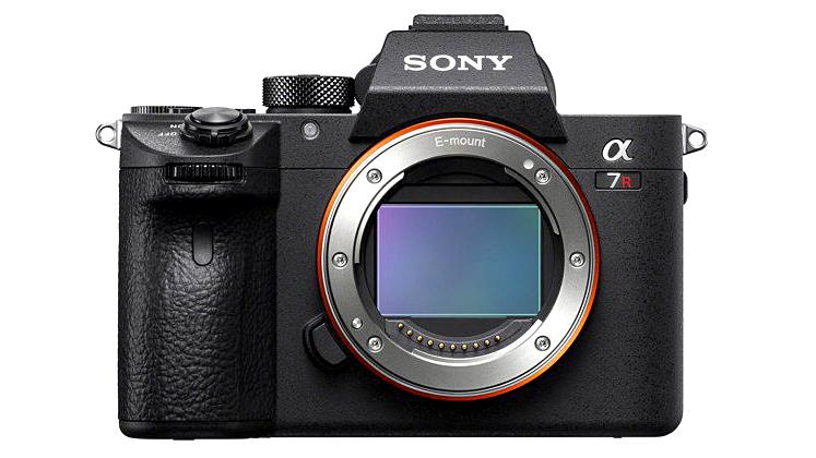 Новая Sony a7R III снимает до 10 к/с на матрицу с динамическим диапазоном в 15 ступеней