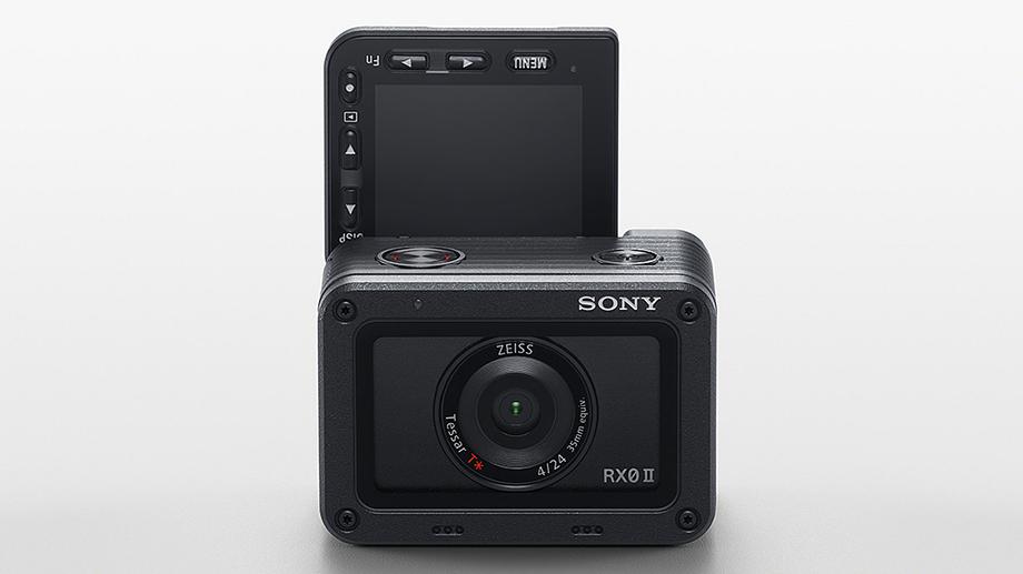 Sony анонсировала RX0 II с 4K и откидным экраном