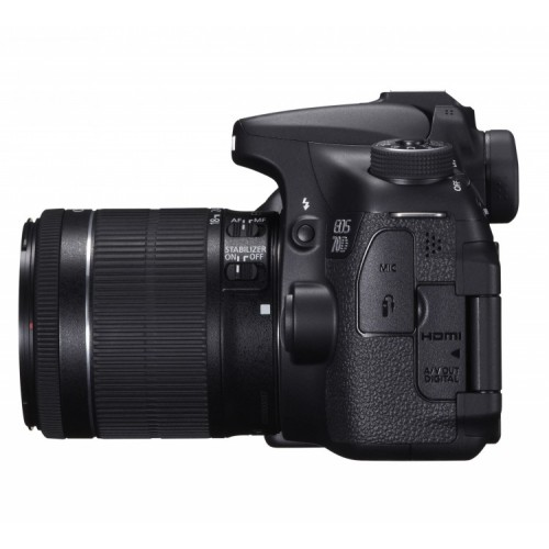 Canon EOS 70D c объективом EF-S 18-55mm IS STM