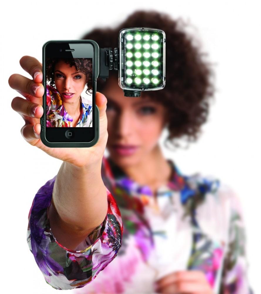 Manfrotto сделала первый шаг в производстве продуктов для тех, кто хочет снимать, пользуясь iPhone