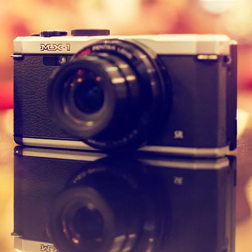 PENTAX MX-1. Первая камера со встроенной кошкой внутри