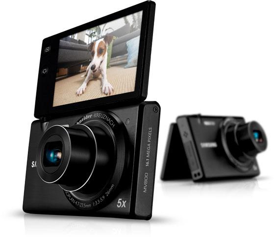Samsung выпускает на рынок фотоаппарат с поворотным дисплеем Samsung Multiview
