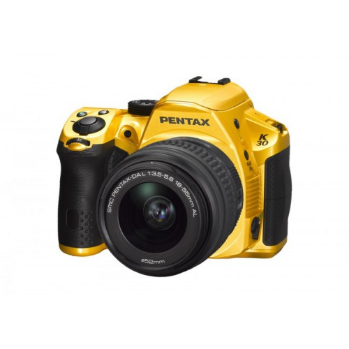 PENTAX K-30 Crystall Yellow