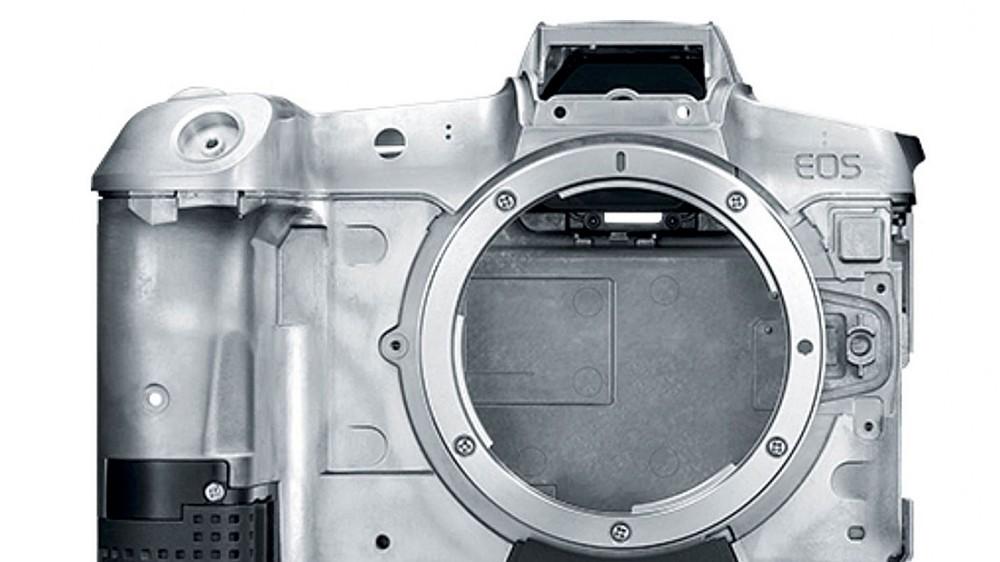 Сanon обещает нормальную камеру Canon EOS R в конце 2019 года