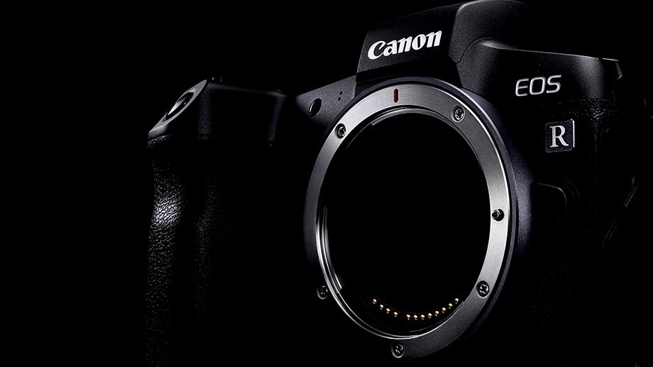 Canon дополнит линейку EOS R APS-C камерами