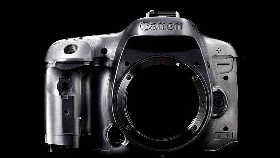 Камера Canon 32MП объединит линии EOS 80D и 7D?