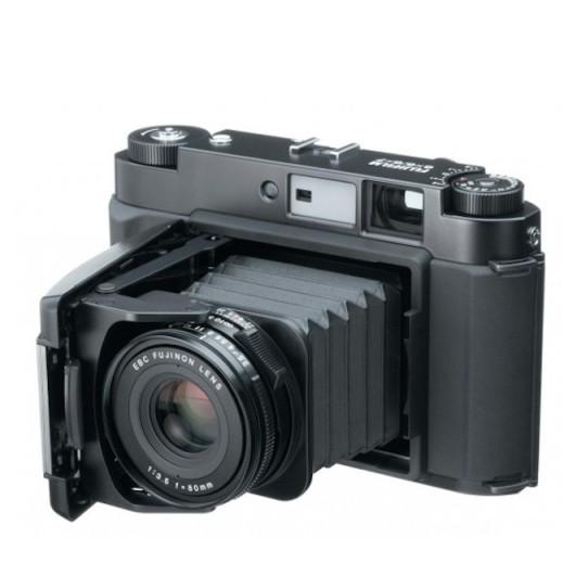 Компания Fujifilm готовит среднеформатную камеру?