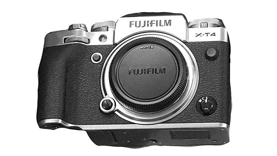 В сети появились новые картинки и информация по спецификациям Fujifilm X-T4