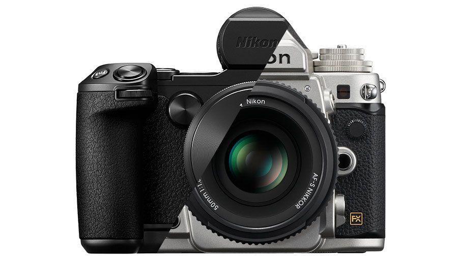 Nikon готовит две беззеркальных камеры?
