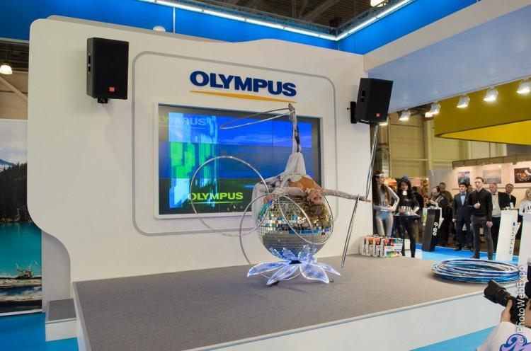 Фотокамеры Olympus на стенде компании. Фотофорум-2013