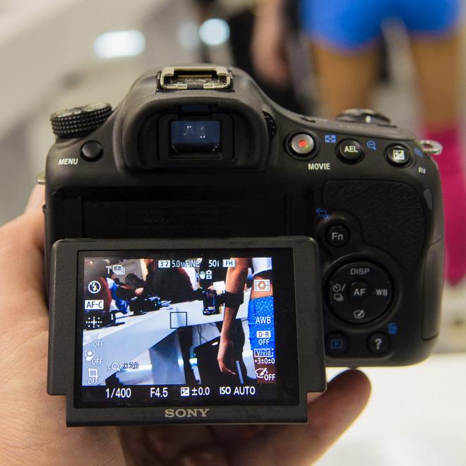 Sony NEX 3N, Alfa 58, TX30 и TF1. На выставке CEP-2013