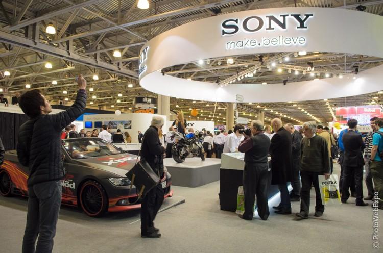 Обзор новинок Sony на стенде компании на Фотофоруме-2013