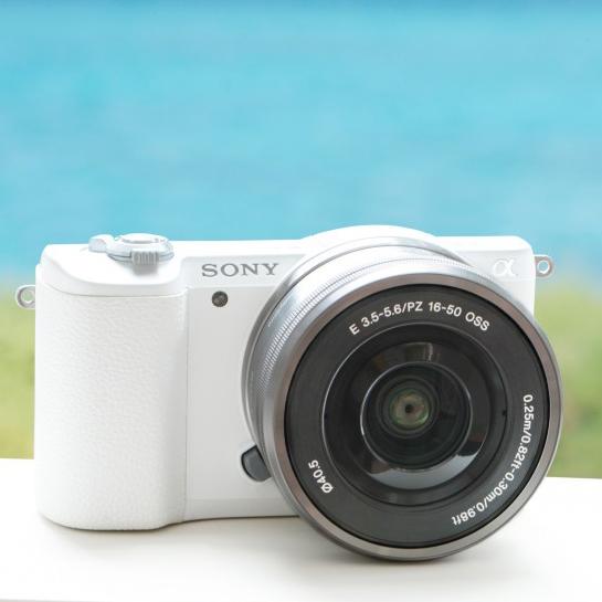 Sony анонсировала беззеркальную камеру a5100