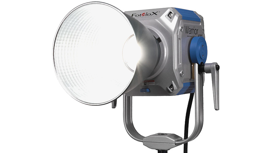 Светодиодные лампы Fotodiox Pro Warrior 600 и Warrior 600X