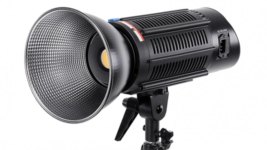 Лампа дневного света Fotodiox Pro Warrior 150 Daylight
