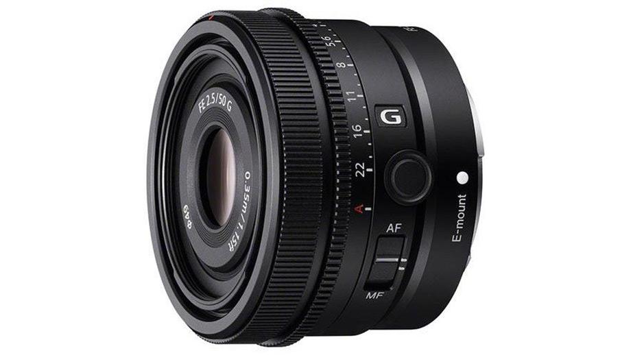 В сети появились изображения новинок Sony серии G: FE 50mm F2.5, 40mm F2.5 и FE 24mm F2.8