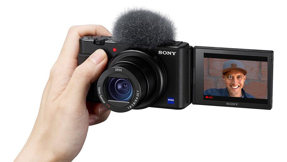 Обновление прошивки Sony ZV-1 до версии 2.00 добавит трансляцию в сеть