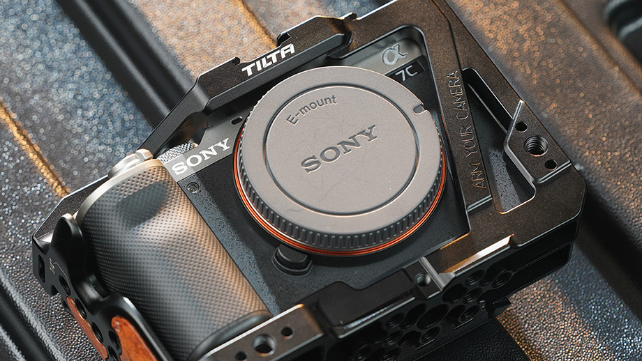 Tilta выпустила риг и аксессуары для Sony a7C