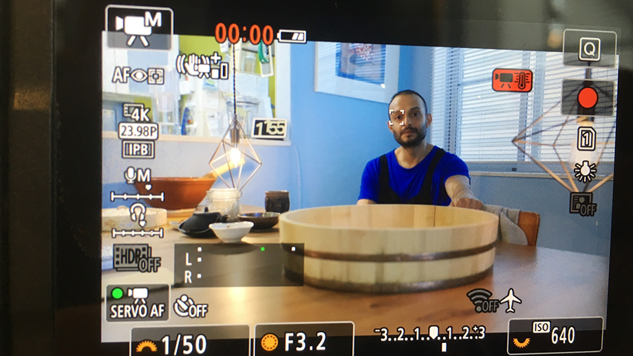 Согласно Cinema5D, у Canon EOS R6 сильнейшие проблемы с перегревом