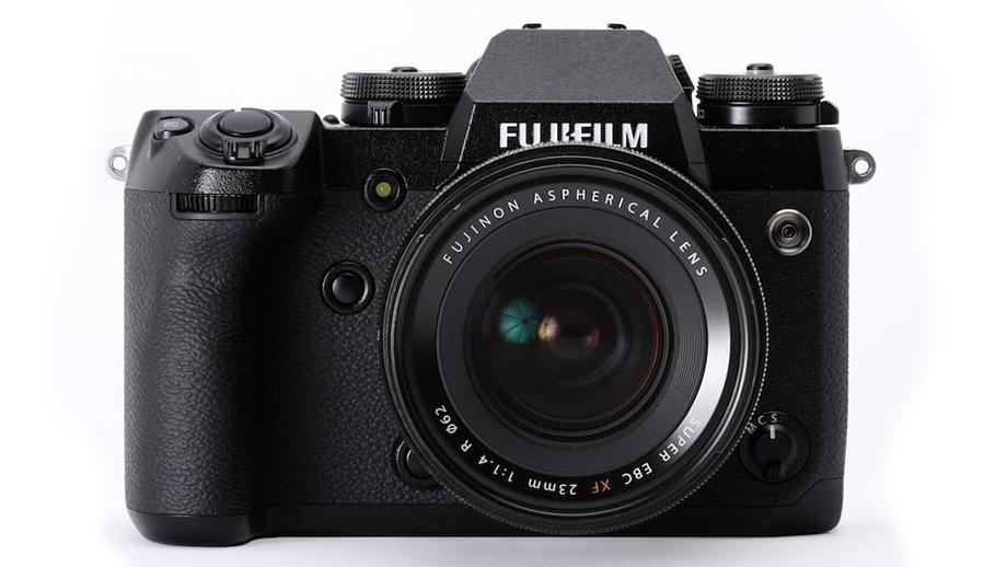 Первые спецификации Fujifilm X-S10 попали в сеть