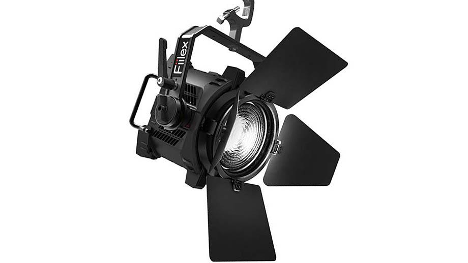 Fiilex Q5 Color – осветитель с линзой Френеля