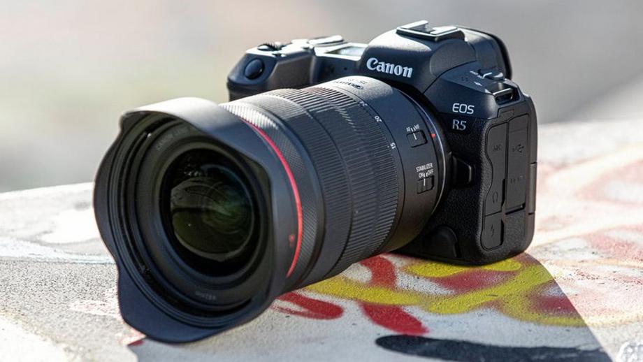 Слухи о задержке выпуска Canon EOS R5 и R6 не подтвердились