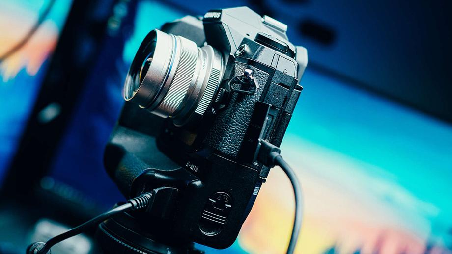 Olympus выпускает программу для использования камер OM-D в качестве веб-камер