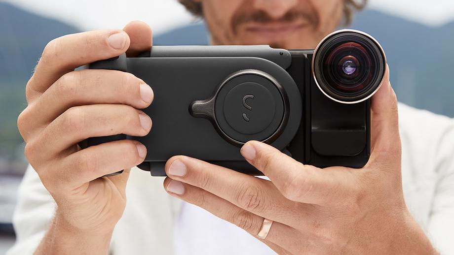 ShiftCam вернулась на Kickstarter с проектом рукоятки для смартфона ProGrip